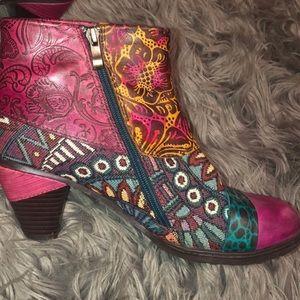 9.5 Heeled Boots